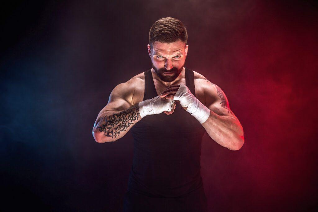 MMA אומנות לחימה הגנה עצמית | בר-סמכא
